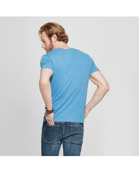 Camiseta Slim Fit Solid con cuello en V para hombre - Goodfellow & Co ™